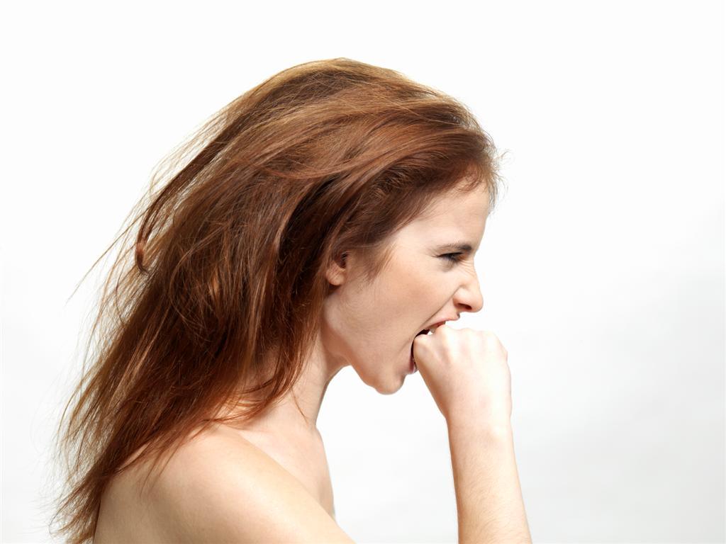 выпадение волос из-за стресса.jpg